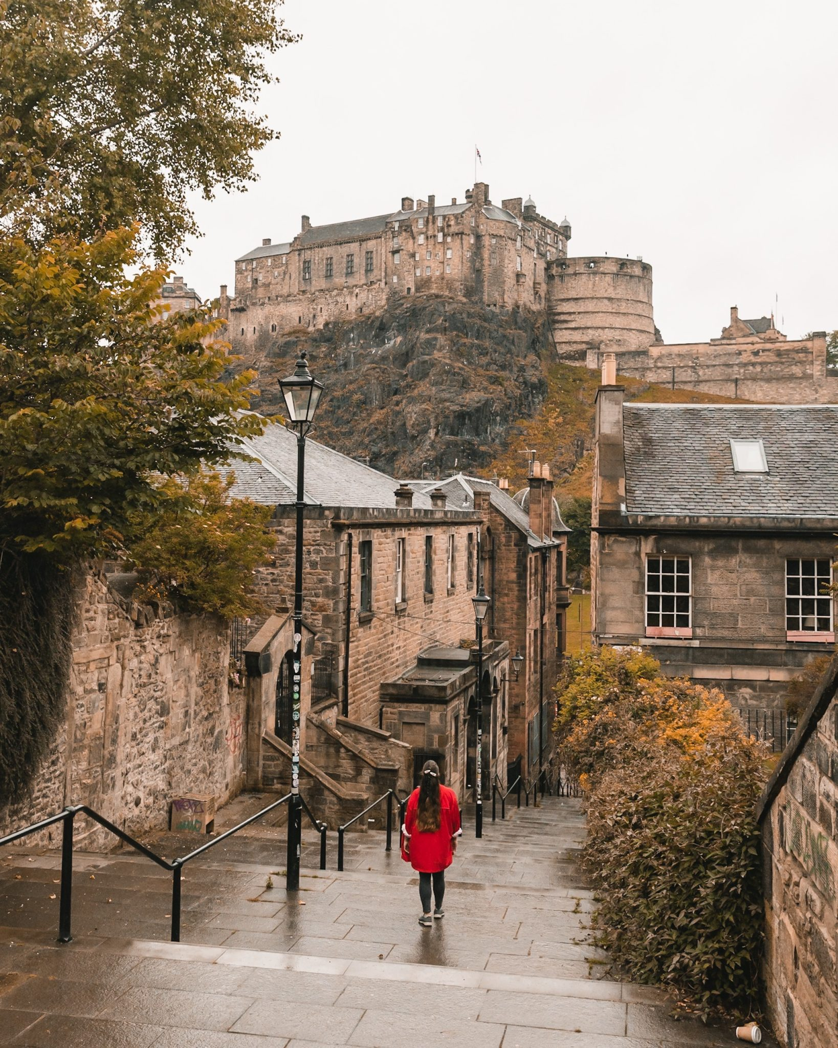 Escape-to-Edinburgh_Vennel-Steps_The-Flyaway-Girl